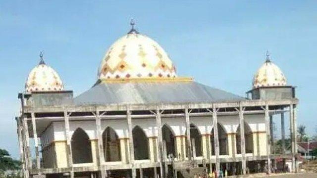 Belasan Tahun Mangkrak, Masjid Islamic Center Sinjai Bakal Difungsikan 3 Januari