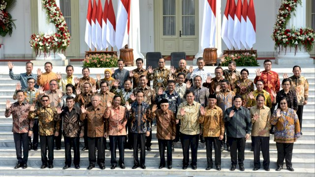 Kecewa Kinerja Para Menteri, Jokowi Ancam Reshuffle
