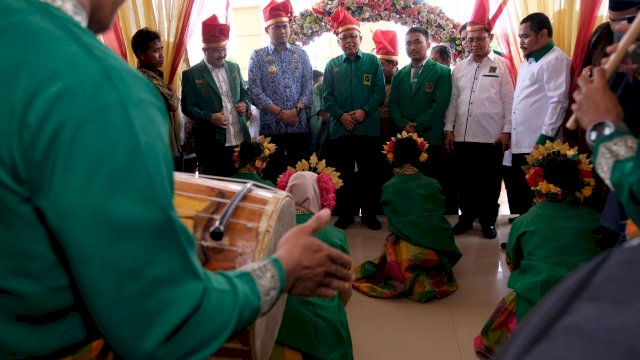 Bupati Gowa Adnan Purichta Ichsan hadiri puncak Harla PPP ke-47 di Gedung Haji Bate. Ist