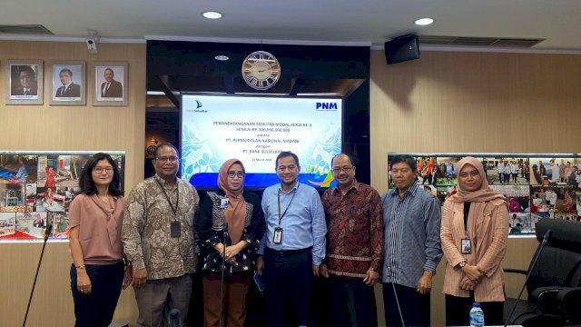 Manajemen Bank Sulselbar dan PT Permodalan Nasional Madani usai penandatanganan kerja sama. (ist)