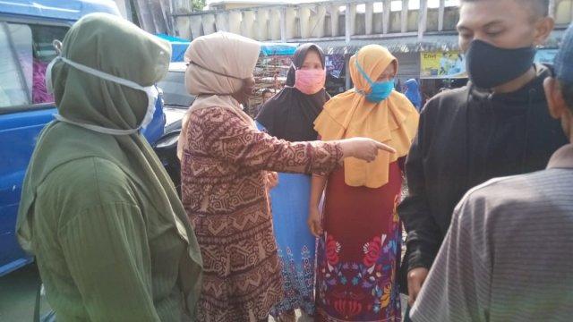 Wabup Sinjai pantau distribusi bahan pokok di Pasar Sinjai Borong. (ist)