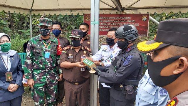 Taufan Pawe Minta Sinergitas Aparat Hukum Deteksi dan Cegah Penyelundupan Detonator
