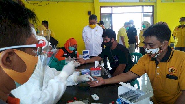 DPD II Golkar Gelar Rapid Test Massal Gratis Bagi Warga Parepare