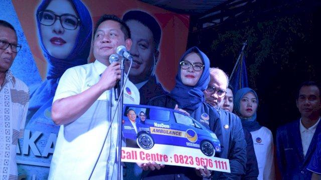 """Bupati, Elit Partai Hingga Pengusaha """"Patungan"""" Beli Ambulans untuk NasDem Makassar"""