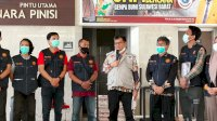 Rektor UNM Kirim Tim Trauma Healing dan Akan Buka Bilik Asmara di Sulbar