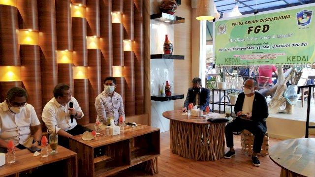 Senator Ajiep Padindang Sebut Literasi Ekonomi Syariah Sangat Lemah