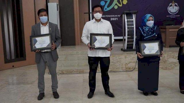 Dapat Penghargaan Pendidikan, Muzayyin: Ini Persembahan Pada Civitas Darul Istiqamah