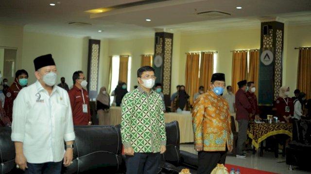 Hadiri Rakernas Kapten Indonesia di Makassar, Aras Komitmen Kawal Pengembangan Desa