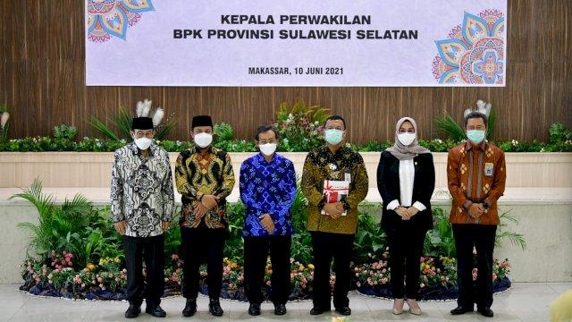 Plt Gubernur Sulsel Hadiri Pisah Sambut Kalan BPK Sulsel