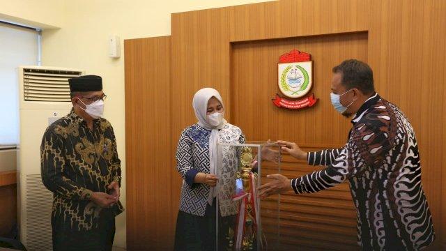 Juara Umum STQH ke 32 Di Sidrap, Fatmawati Rusdi Apresiasi Kafilah Kota Makassar