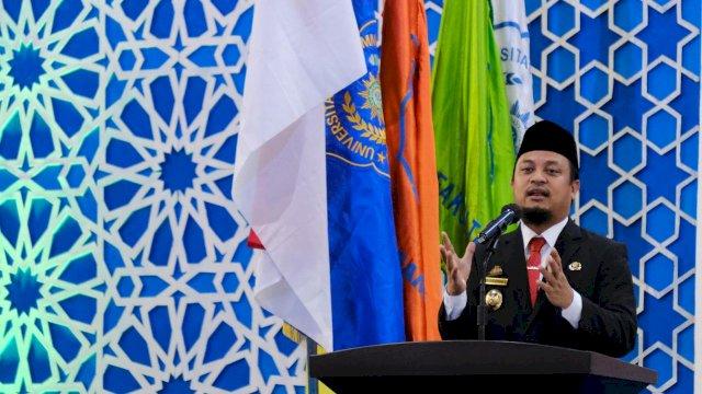 Plt Gubernur Sulsel Beri Orasi Ilmiah di Hadapan Wisudawan Unismuh Makassar