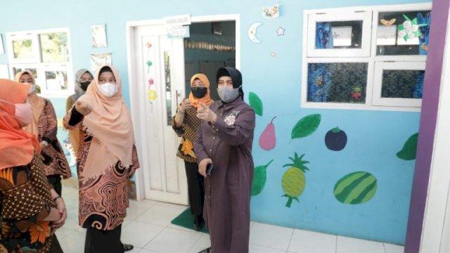 Indira Yusuf Ismail Apresiasi Sejumlah Paud Dan TK Di Kota Makassar