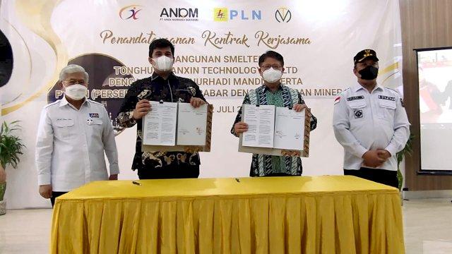 Bukan Hanya Bangun Smelter, Amran Sulaiman Beri Beasiswa ke Mahasiswa dan Pemuda Konawe Utara