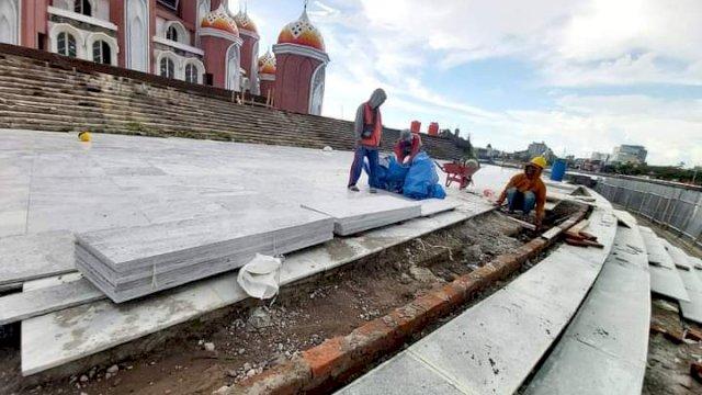 Plt Gubernur Sulsel Lanjutkan Tahap Pembangunan Masjid 99 Kubah