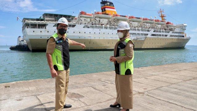 Pertama di Indonesia, Danny Tinjau Titik Labuh Isolasi Apung
