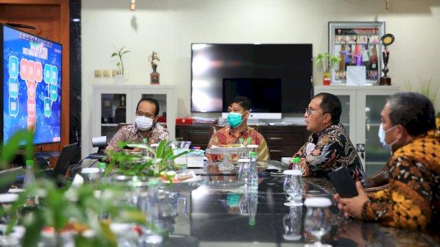 Danny Paparkan Penanganan Sampah dan Bank Sampah Makassar Pada Forum APEC