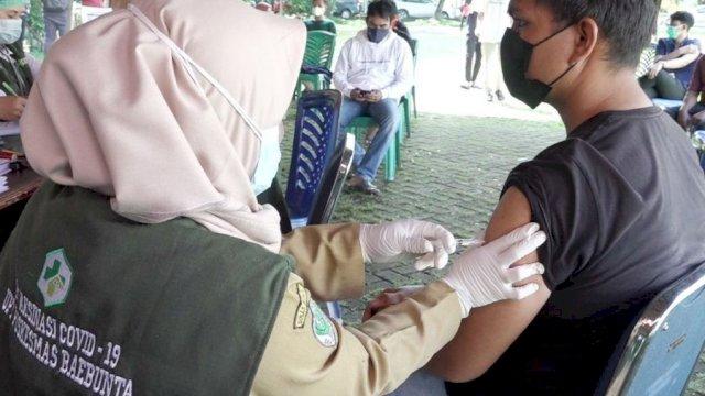 5 Tim Vaksinator Dikerahkan di Lapangan Upacara Kantor Bupati