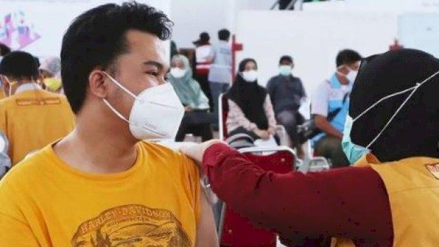 Unhas Gelar Gebyar 75.000 Vaksinasi Gratis untuk Masyarakat