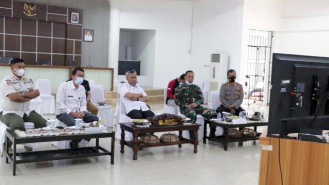 Bupati Lutim Ikuti Rakor Penanganan Covid-19, Siap Tindaklanjuti Arahan Plt. Gubernur