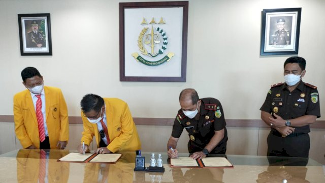 Rektor UNM dan Kejati Sulsel Jalin Kerjasama