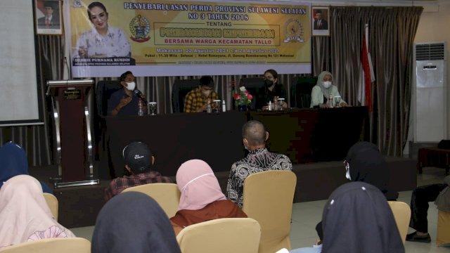 Legislator Golkar Debbie Rusdin Sosper Kepemudaan ke Warga Tallo