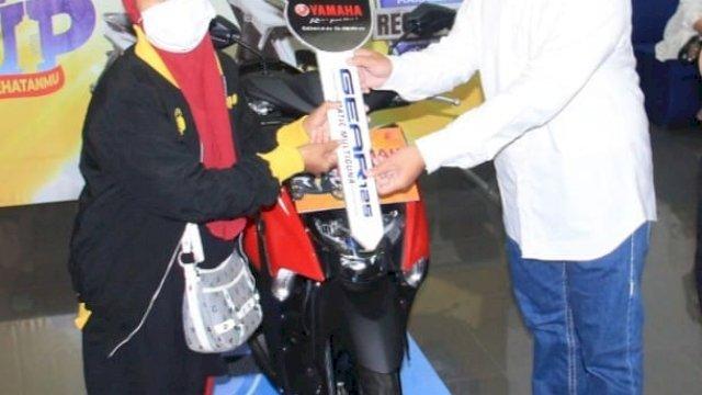 Ikut Vaksin Yamaha, IRT Warga Tamangapa Dapat Undian Motor Yamaha Gear 125