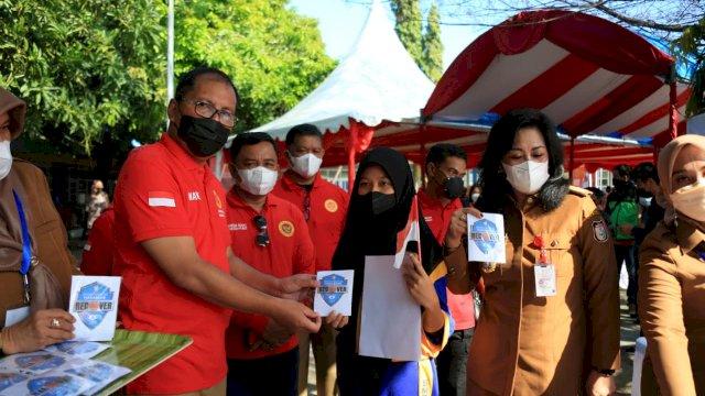 Hadiri Vaksinasi Pelajar, Wali Kota Makassar Imbau Warga Sukseskan Gerakan Vaksinasi