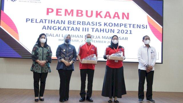 Wawali Fatmawati Apresiasi BLK Makassar Gelar Pelatihan Berbasis Kompetensi Angkatan III tahun 2021