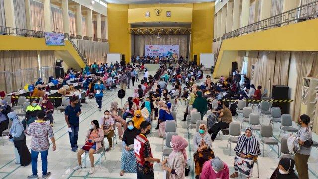 Gebyar Vaksinasi Yayasan Hadji Kalla di PIP Makassar Target 1.250 Orang Tiap Hari