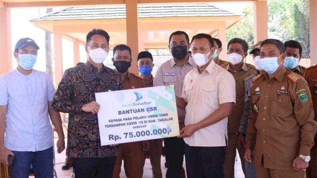Terima Bantuan CSR Rp 75 Juta dari Bank Sulselbar, Bupati Takalar: Ini Kepedulian Bagi Pelaku UMKM