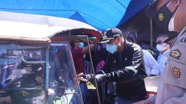 Longgarkan Aktivitas UMKM, Bupati Takalar Operasi Kedisiplinan Prokes Pedagang Pasar