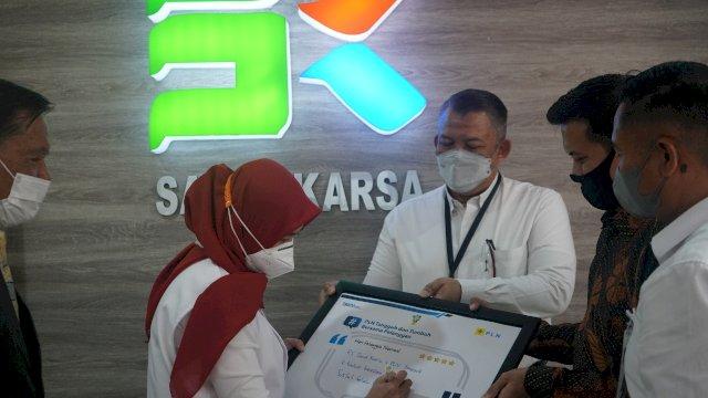 PLN UIW Sulselrabar Kunjungi 5 Rumah Sakit Penanganan Covid di Makassar