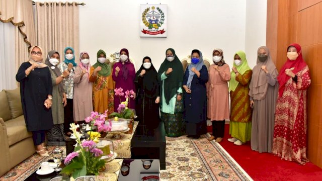 Naoemi Octarina Terima Kunjungan Silaturahmi Istri Kemenpora dan Istri Bupati Wajo