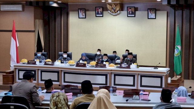 DPRD-Pemkot Parepare Gelar Rapat Paripurna Tahapan Akhir Pembahasan Ranperda Pendidikan