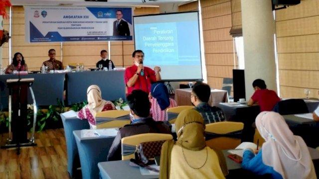 Humas UNM Bawakan Materi di Sosialisasi Perda Penyelenggaraan Pendidikan DPRD Makassar