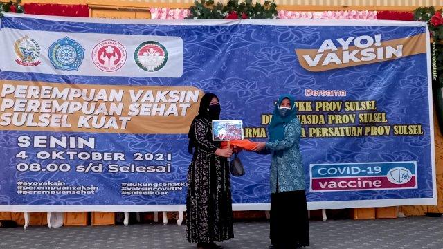 Plt Gubernur Sulsel Apresiasi Vaksinasi Sehari yang Digelar PKK Sulsel, Dekranasda dan DWP Sulsel
