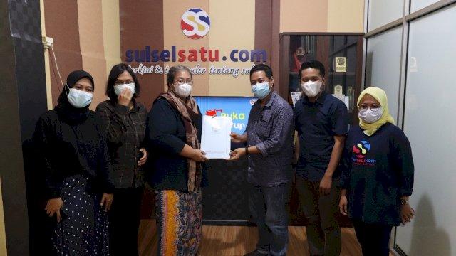 Tim verifikasi faktual Dewan Pers berkunjung ke Kantor Media Sulselsatu.com, di Kompleks Ramayana, Jalan AP Pettarani, Ruko Diamond, Makassar, Kamis (14/10/2021). Dok Sulselsatu
