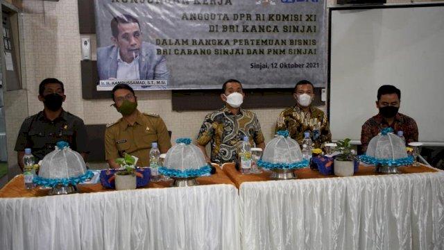 Buka Sentra Produksi UMKM Berbasis Sektor Unggulan Daerah, Anggota DPR Komisi XI Kamrussamad Puji Langkah Pemkab Sinjai
