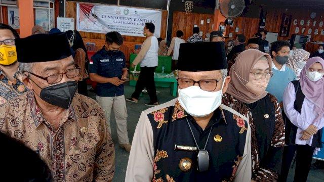 Taufan Pawe Instruksikan Kesiapsiagaan Dampak Bencana